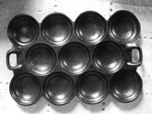 pan tins with bottom holes