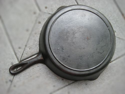 Antique Cast Iron Skillet Markings